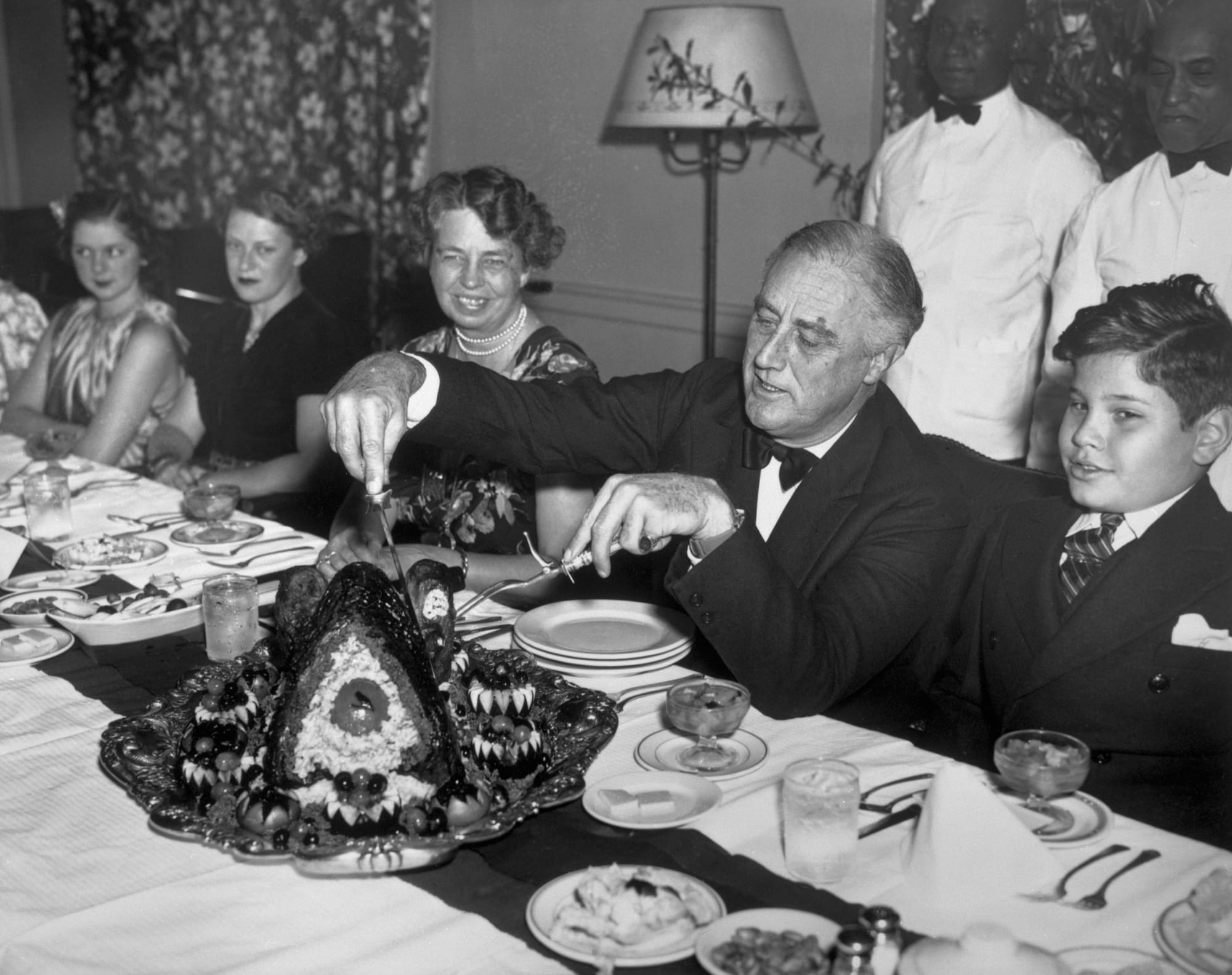 FDR, Eleanor, & Family Celebrating Thanksgiving, 1939
